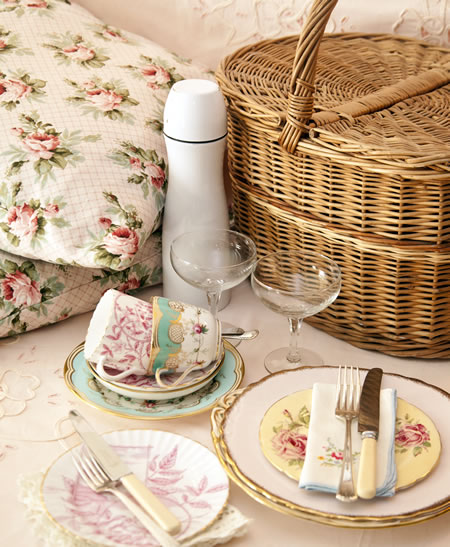 Vintage Hamper Settingr