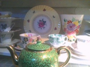  lovely Sadler teapot