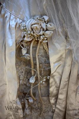 vintage wedding dress detail