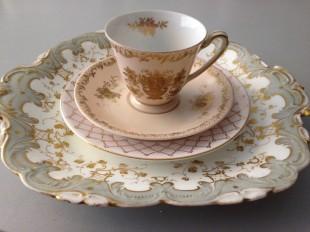 blush & gilt vintage teacup